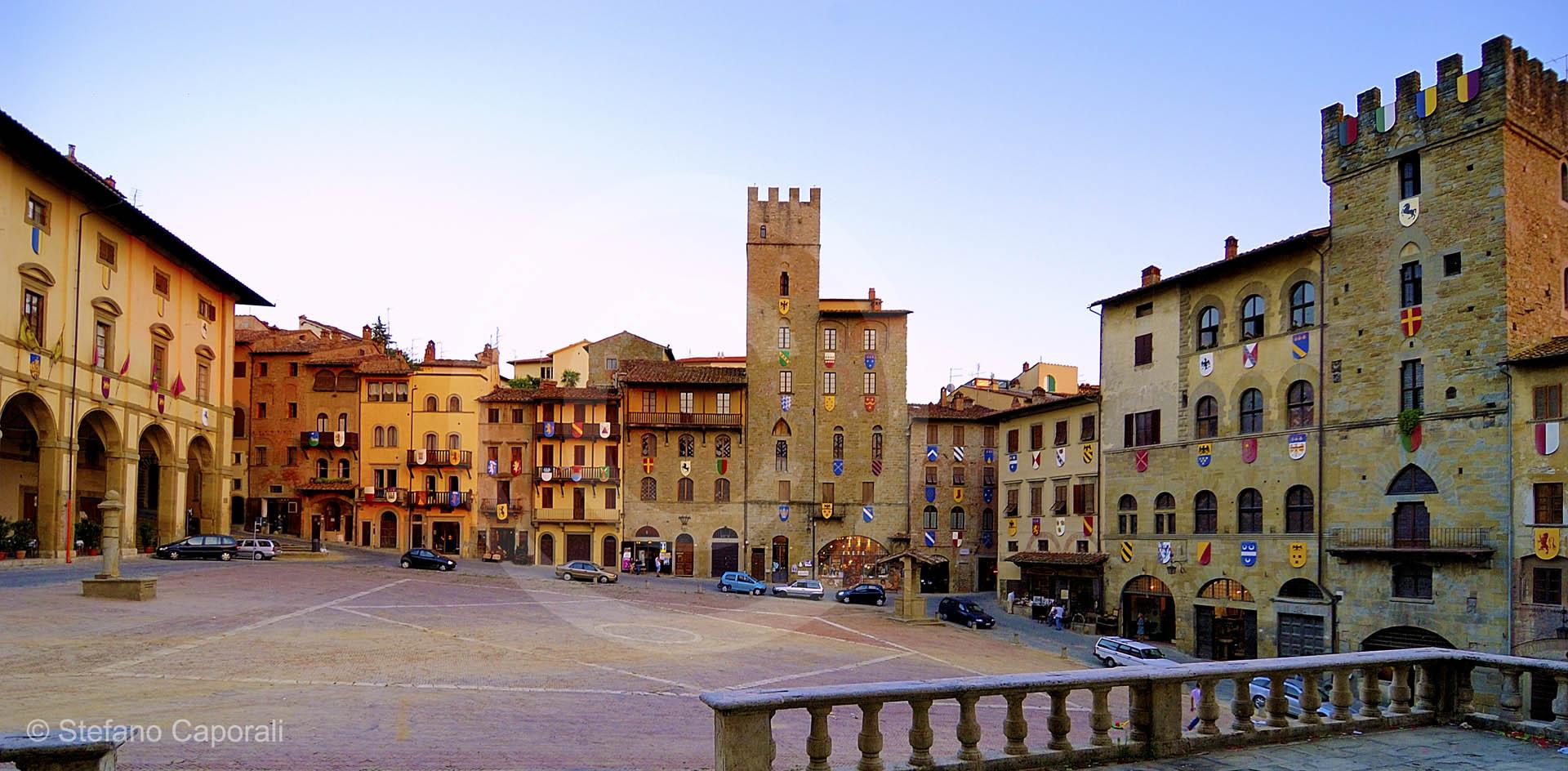 Arezzo finestre preventivo serramenti e prezzi online for Preventivo finestre